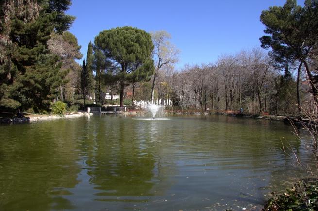 Marzo 2012 visitando madrid 2009 vs 2012 for Agua verde estanque