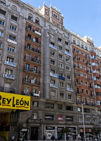 Edificio Lope de Vega, Gran Via 57 (1945-1949), de Joaquín y Julián Otamendi