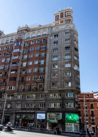 Edificio Los Sotanos / Lope de Vega, Gran Via 59 (1945-1949), de Joaquín y Julián Otamendi