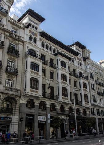 Gran Via 7 (1917-1922), de Pedro Mathet, Edificio de Seguros La Estrella